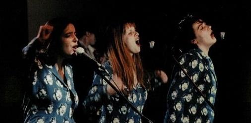 Trällenders Damentrio, rohrzeternd - Die Lassie Singers irgendwann in den 90ern